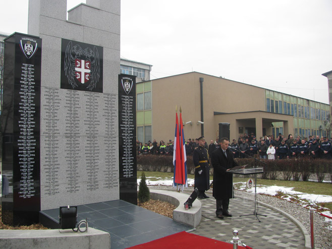 Osveštano Spomen-obilježje poginulim pripadnicima CJB Banjaluka u odbrambeno-otadžbinskom ratu