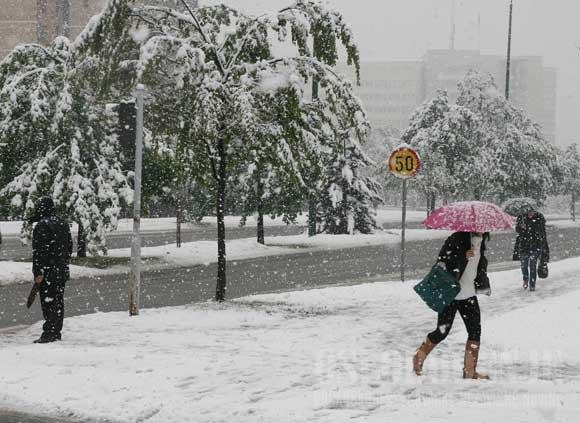 Popodne kiša, u noći snijeg