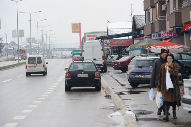 Banjaluka: Zaustavna traka kao parking na tranzitu