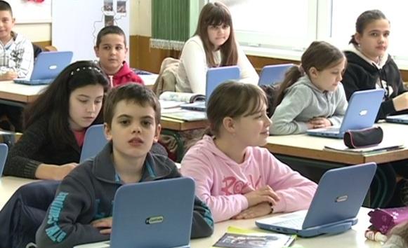 Banjalučki đaci zamijenili knjigu laptopom