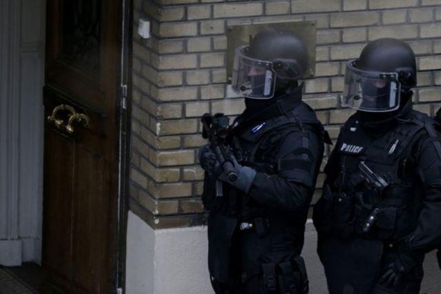 Razočaran u ljubav: Napadač drži nekoliko talaca u Parizu