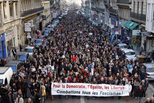 700.000 ljudi na ulicama Francuske