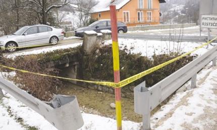Krupa na Vrbasu: Granata danima stajala u potoku kraj ceste, sad je nema