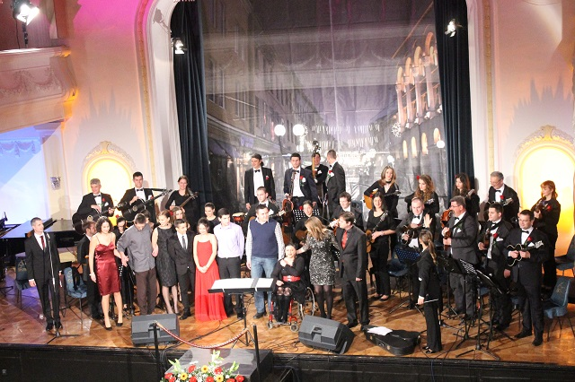 Održan  gala koncert Gradskog tamburaškog orkestra (FOTO)