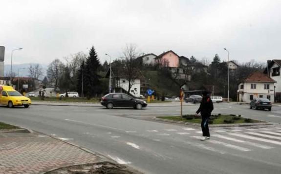 Izmještanje pješačkog prelaza na kružnom toku kod Gimnazije