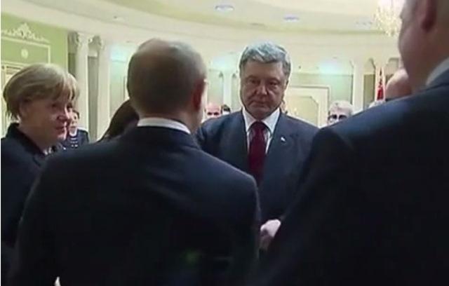 Minsk:Putin i Porošenko – ruka ruci