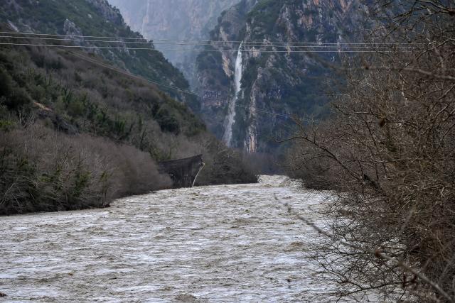 Grčka: Stotine ljudi evakuisane zbog poplava