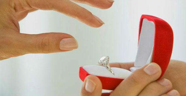 Nikad nije kasno: Ponovo je zaprosio 43 godine poslije njihovog razvoda