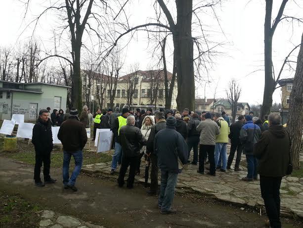 "Protest radnika ""Kosmosa"" u banjalučkom parku: Pitate me kako živim? Kao mađioničar!"