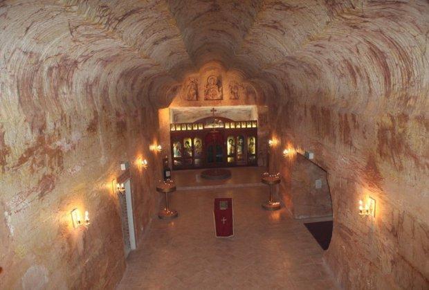Australija: Srbi sagradili podzemni hram (FOTO)