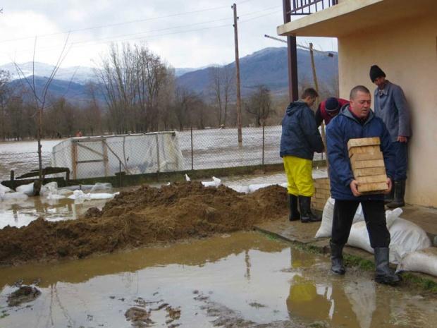 Jug Srbije opet poplavljen