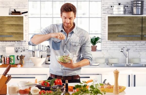 Muškarci, naučite da kuvate i žene će vas obožavati