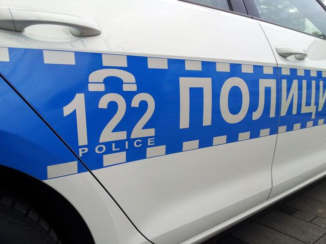Banjaluka: Blokirali saobraćaj drvenom rampom, pa napali policiju