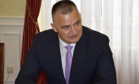 Savez za promjene od Ivanića traži da opozove ambasadora Škrbića