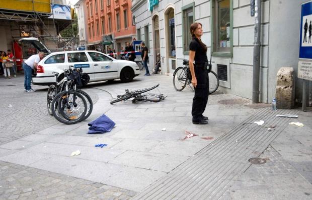 Grac: Muškarac porijeklom iz BiH džipom divljao po centru, troje mrtvih, desetine povrijeđenih