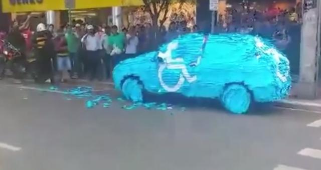 Parkirao na mjestu za invalide, a evo šta ga je dočekalo (VIDEO)