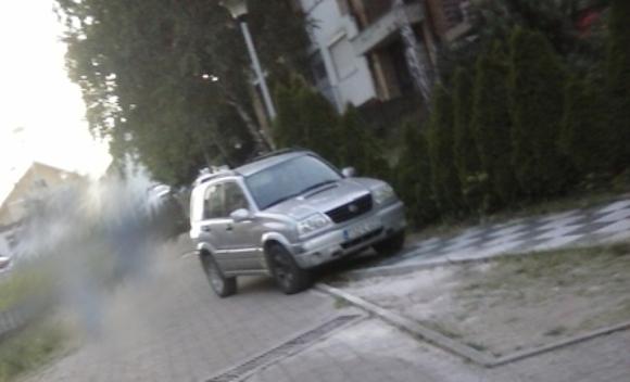 """Poruka jedne Banjalučanke """"parking papku"""""""