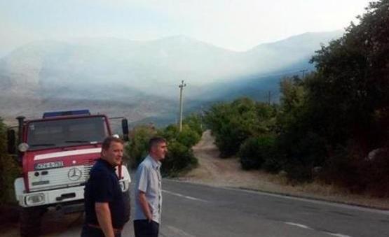 Gori kod Trebinja, stižu helikopteri