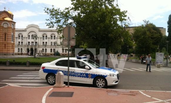 Policija dala primjer pravilnog parkiranja
