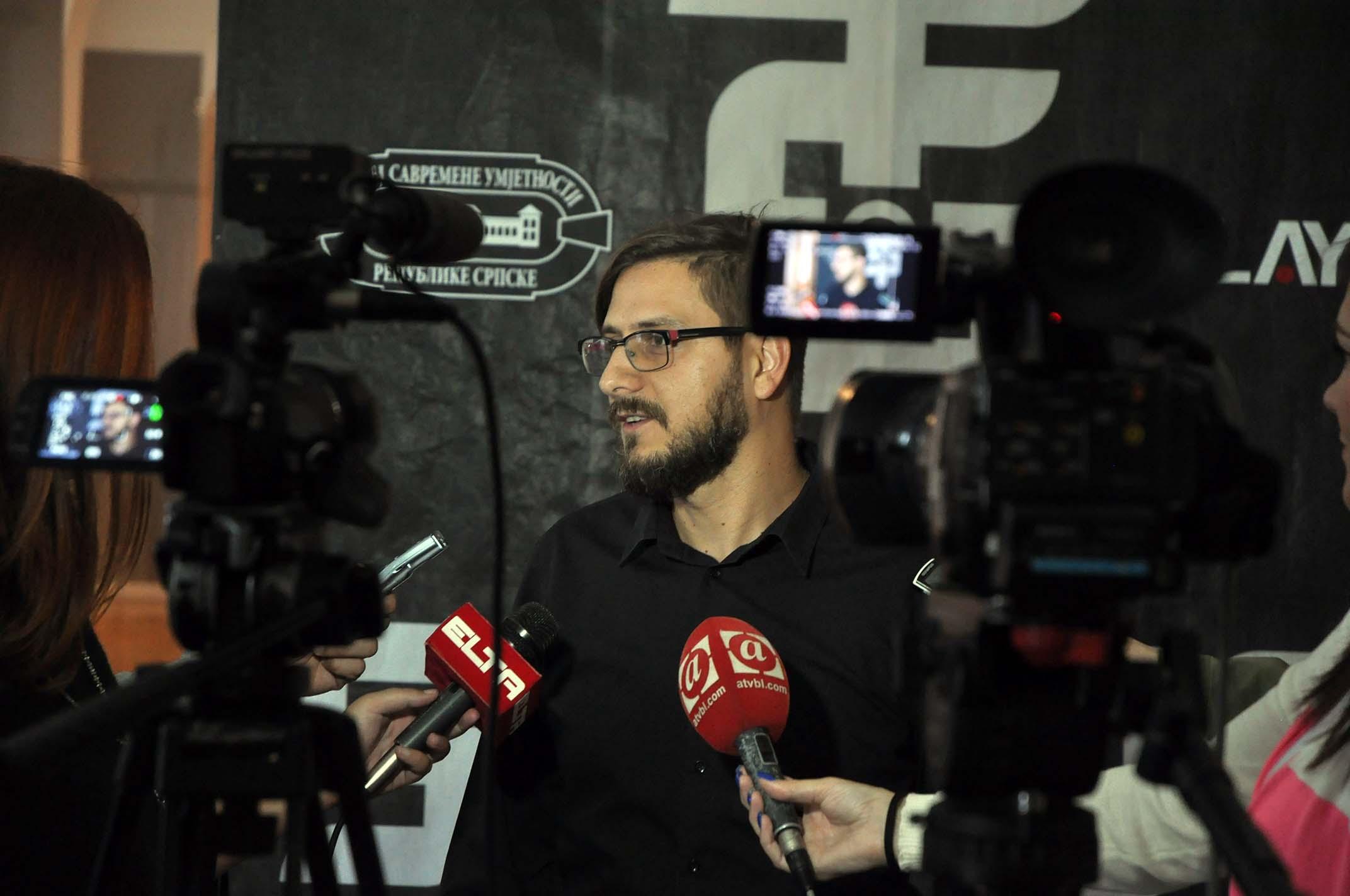 """Predstavljen video spot """"Era informacija"""" grupe Sopot (VIDEO)"""
