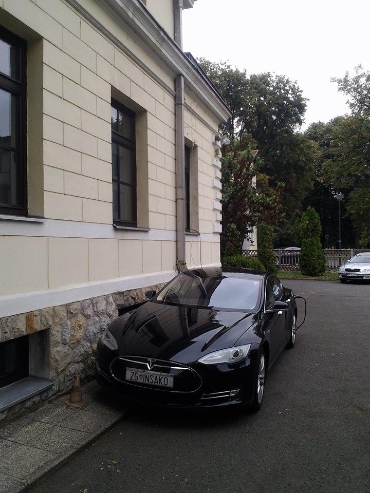 Tesla 2