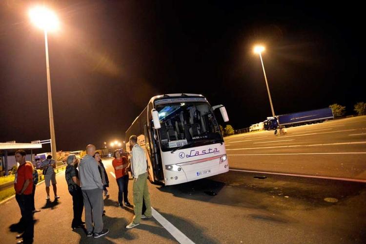Zabranjen ulazak u Hrvatsku za državljane Srbije, vraćen autobus Beograd – Banjaluka