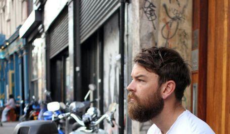 Istraživanje: Muškarci s bradom češće varaju partnera, kradu i tuku se