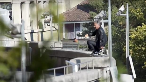 DRAMA U ŠVAJCARSKOM PARLAMENTU: Sirijac prijeti da će da se zapali, još pregovaraju s njim! (VIDEO)
