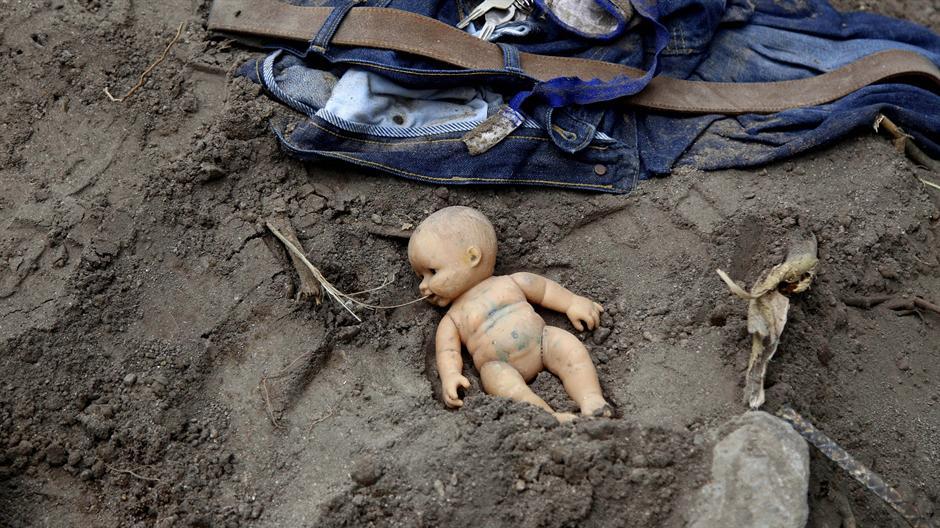 U odronu više od 130 mrtvih, 300 nestalih