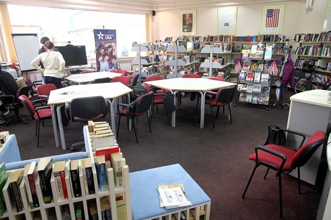 Kraj za jednu od tri biblioteke u gradu: Kafana preča od knjige!