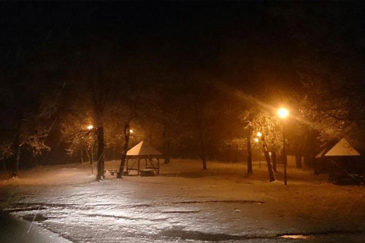 Prvi snijeg u Banjaluci (FOTO)