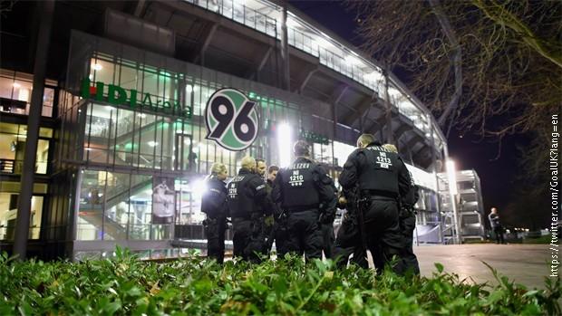 Evakuisan stadion u Njemačkoj, utakmica otkazana