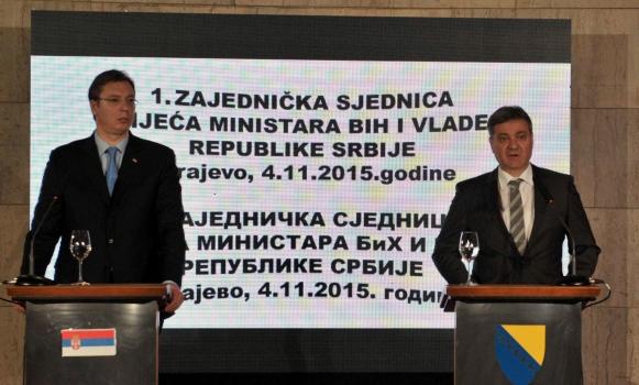 Poruke Vučića i Zvizdića: Raditi na miru, saradnji i stabilnosti