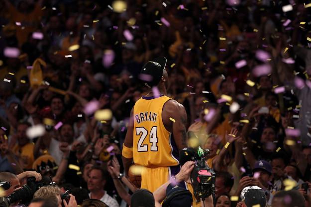 """""""Draga košarko, uvijek ću te voljeti, ali napuštam te…"""" Kobi pjesmom najavio kraj karijere"""