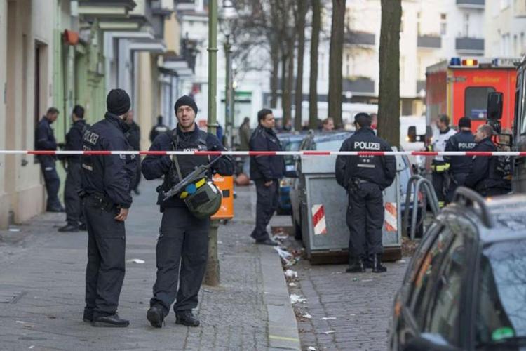Berlin: Policija obezbjeđuje bolnicu gdje leže ranjeni državljani BiH, traga se za napadačima