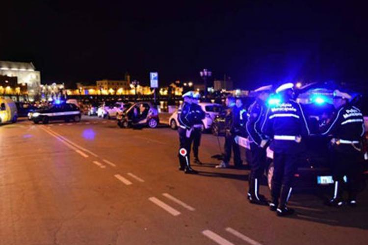 Luka Bari blokirana: Iz Crne Gore stizalo oružje za teroriste