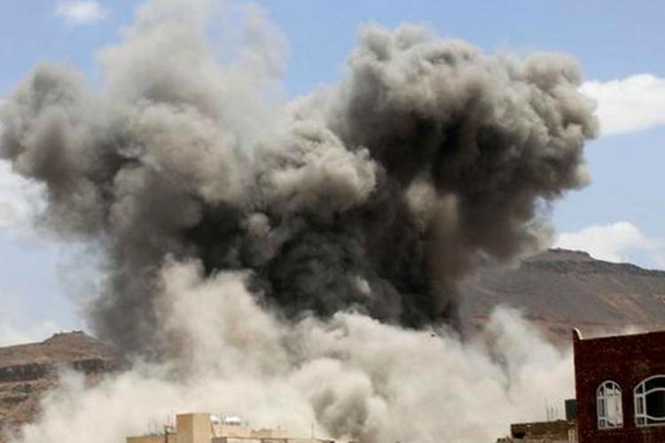 Sana: Najmanje 19 civila poginulo u vazdušnom udaru