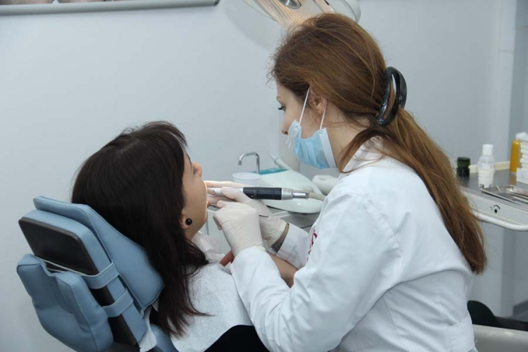 Banjaluka: Studenti besplatno plombiraju zube