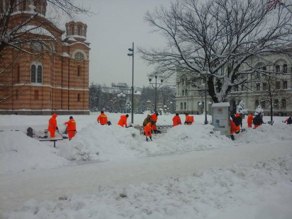 Banja Luka danas: Ulice očišćene, trotoari još pod snijegom