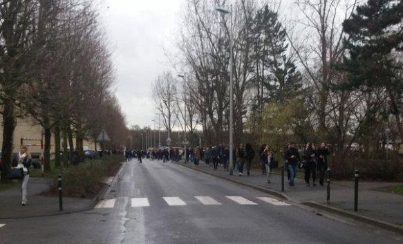 Francuska: Škola evakuisana zbog prijetnje bombom