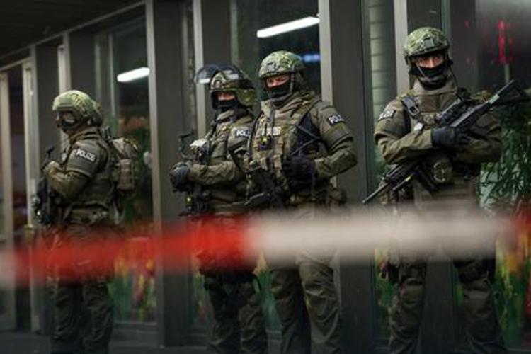 Napad u Minhenu planirala Islamska država, 7 osumnjičenih