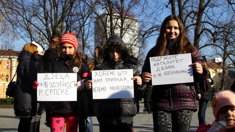 Majke i trudnice: Ne dižemo pobunu – tražimo prava za našu djecu