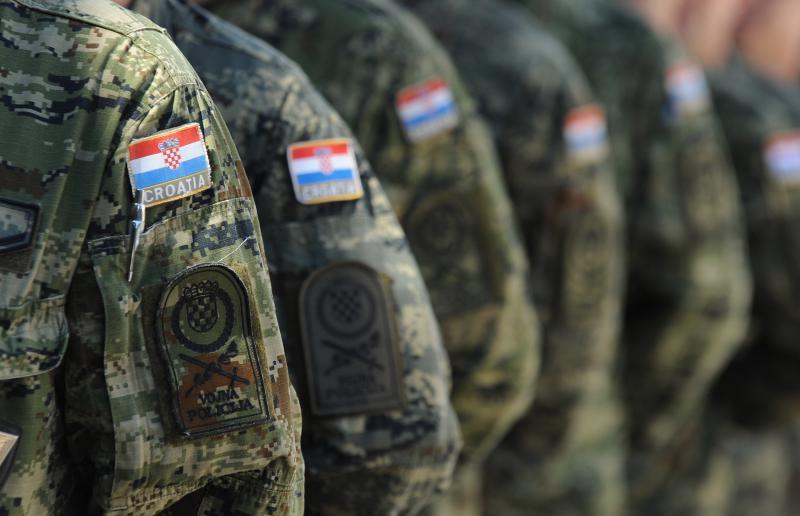 Hrvatska se naoružava zbog Republike Srpske !?