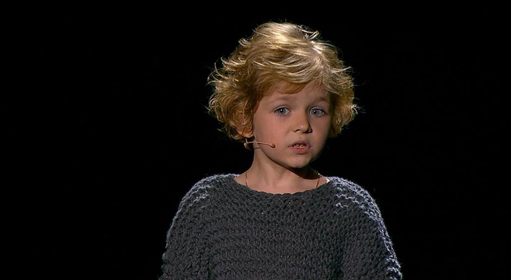 Svi su se rastopili: Dječak oduševio recitacijom pjesme Vladimira Visockog (VIDEO)