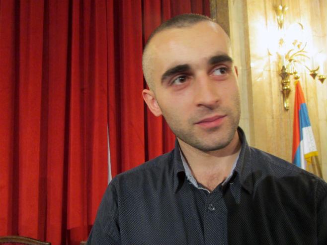 Beograd: Višegrađanin dobio plaketu za najplemenitiji podvig u 2015. godini