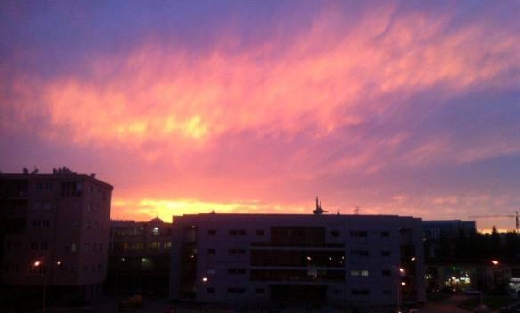 Impresivno crveno nebo nad Banjalukom