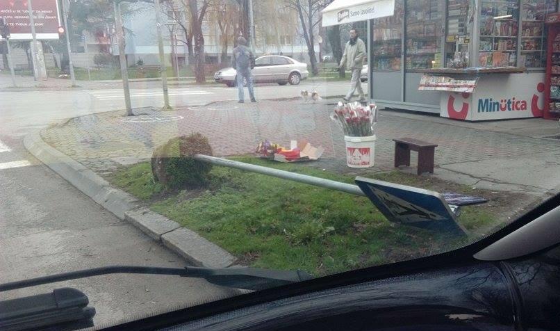 Banjaluka: Pijan čupao saobraćajne znakove
