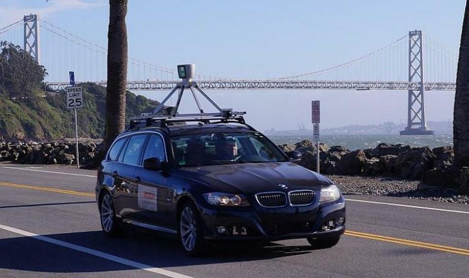 Od 2022. godine, automobili će kočiti sami
