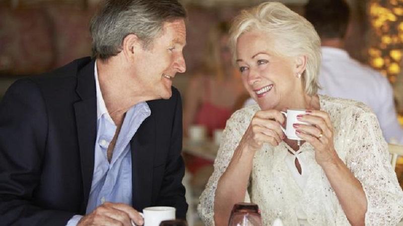 On-line pravila za pronalaženje partnera za starije od 50 godina