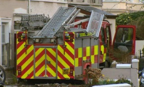 Penzioner i tinejdžer ukrali vatrogasni kamion i napravili haos (VIDEO)